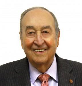 Antonio Pont Amenos